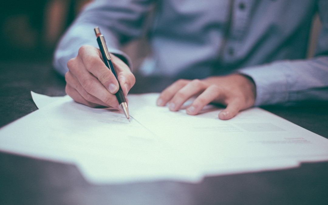 When to Hire a Copywriter