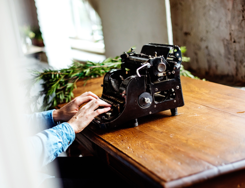 What Expert Copywriters Know About Marketing Your Business That You Don't